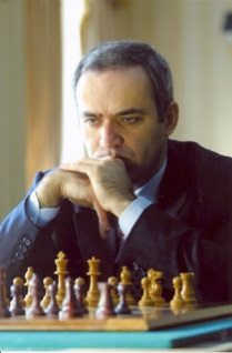 Garry Kasparov adalah pemain catur terhebat di dunia